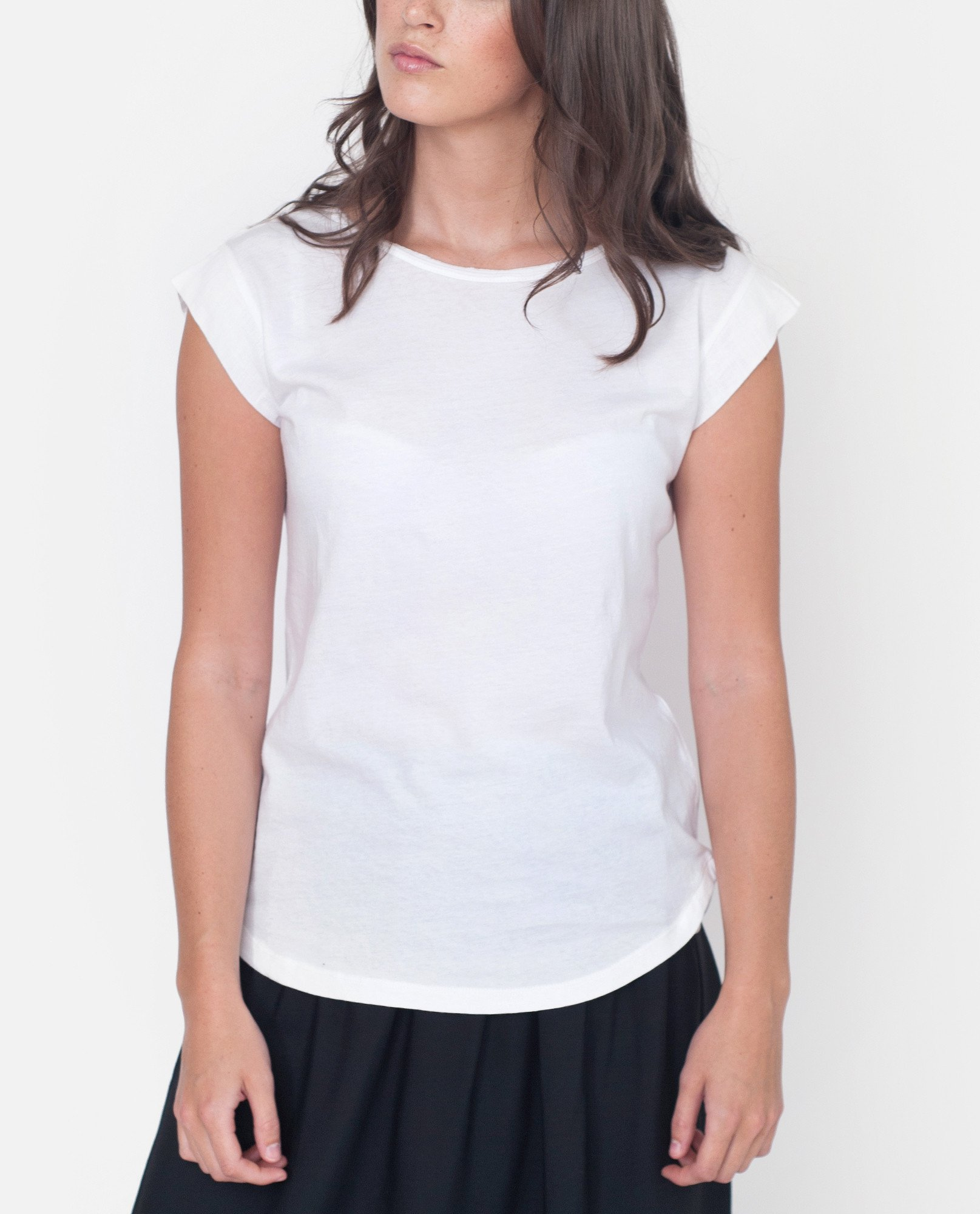DORIS Organic Cotton And Linen Top In White from Beaumont Organic