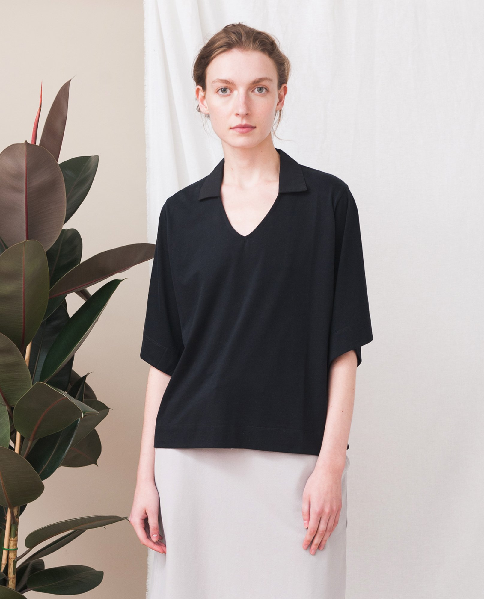 LIZ Organic Cotton Top In Black from Beaumont Organic