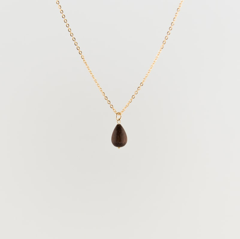 Wooden raindrop necklace gold from Julia Otilia