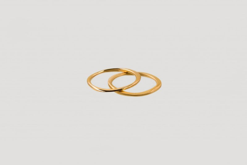 Infinity twin rings gold | mat & shiny finish from Julia Otilia
