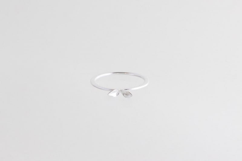 Sprout leaf ring silver SALE from Julia Otilia
