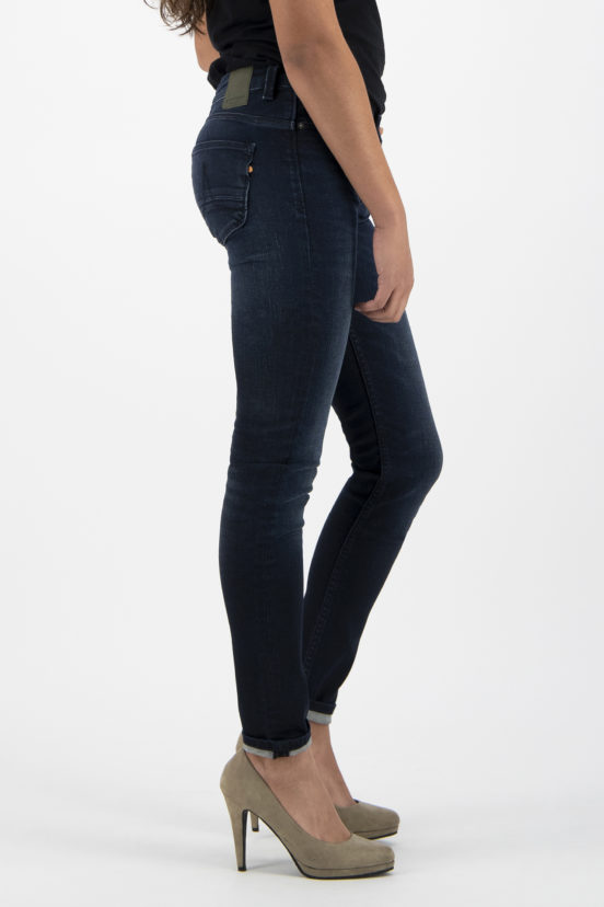 Haily Super Skinny Dark Indigo from Kuyichi