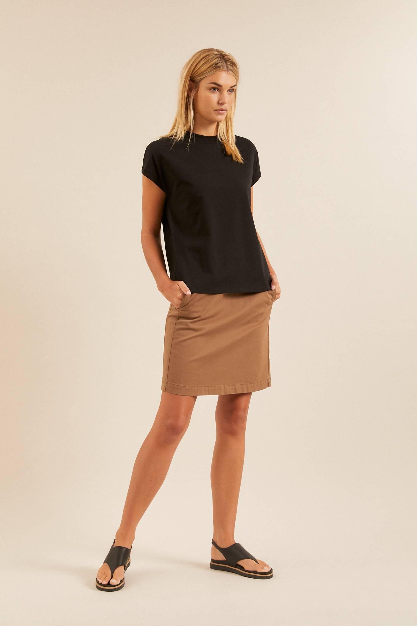 SHIRT mit überschnittener Schulter aus Bio-Baumwolle GOTS from LANIUS