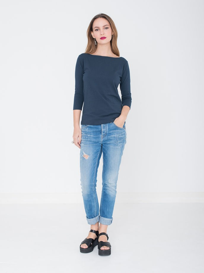 T-shirt Viv: Navy from Miss Green